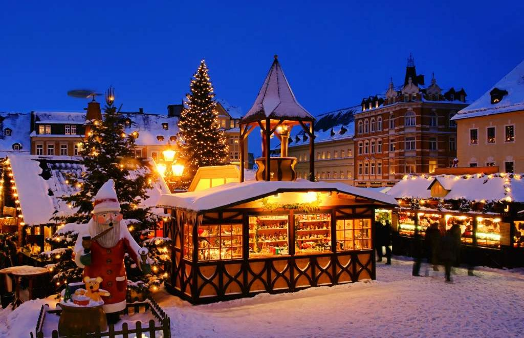 Christmas River Cruises